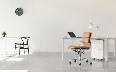 Inred din arbetsplats med rätt skrivbord